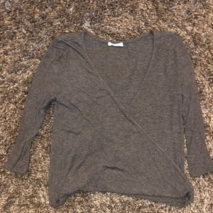 Cute gray 3/4 long sleeve